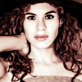 Ginna Álvarez