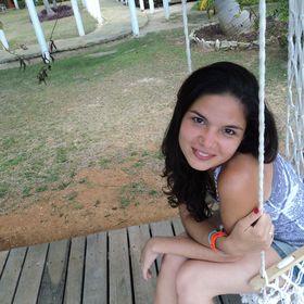 Yanina Caressa