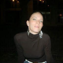 Andrea Csiszár