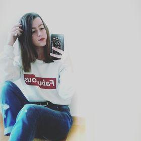 Angela Bi