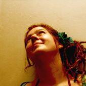 Hippie Tina VonundzuBlumenwiese