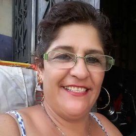 Lourdes D Magaña