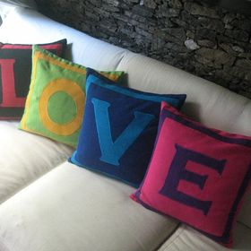 Comfy Heaven Decorative Pillows And Table Decor Comfyheaven Profile Pinterest