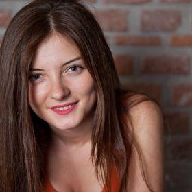 Laura Belin