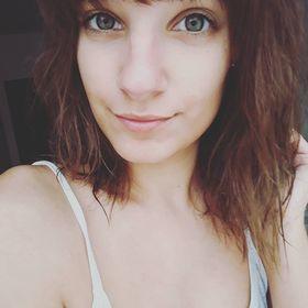 Jeney Júlia