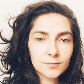 Anna Hiora