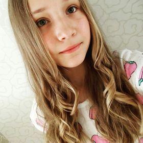 Даша Новосельцева