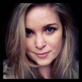 Lizzie Ayre