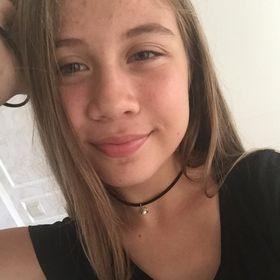 Kamila Holland