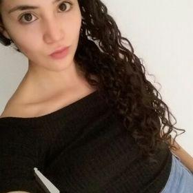 Laura Daniela Annear Lopez
