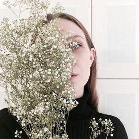 Amber-Rose Hennings