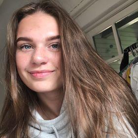 Mila Hardis