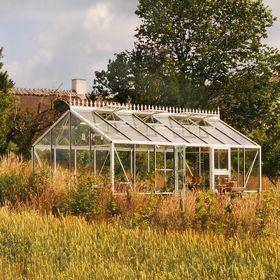 Julianas Greenhouse