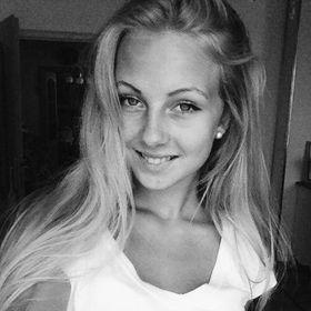 Natália Petričová