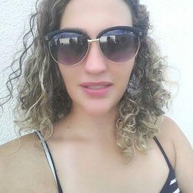 Larissa Favalli