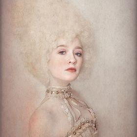 Ellen McDermott - Art Photography Editorial Haute Couture