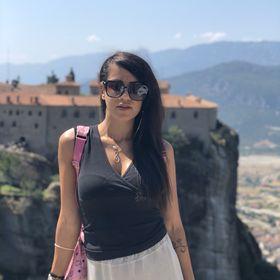 Stella Tampou