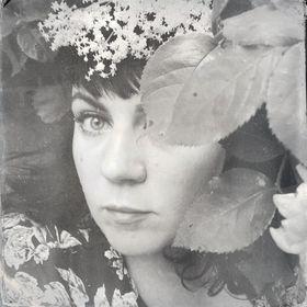 Céline Hallas