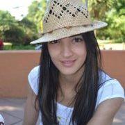 Andrea Gomes