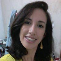 Flávia Carneiro