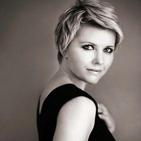 Simona Janek Hair Make up Photography