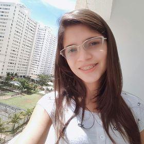 Shirley Pinheiro