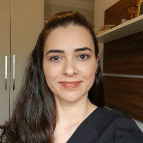 Flávia Bernardo