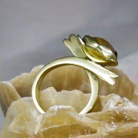 Amuletta Jewelry