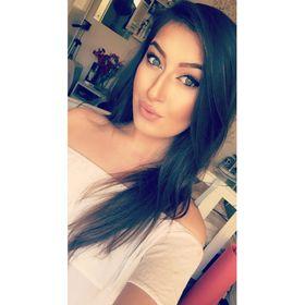 Paige Mac