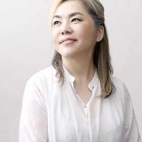 Mari Mochizuki  望月麻里