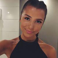 Leandra Valencia