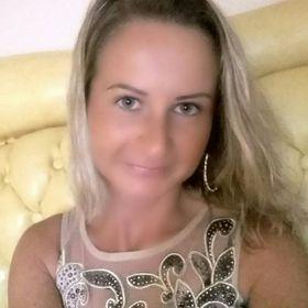 Gabriella Rézsó