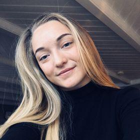 Adele Farstad