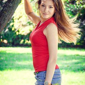 Полина Бессонова