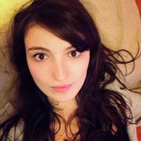 Yasmine Debb