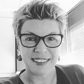 Angela Fikken-Bosman