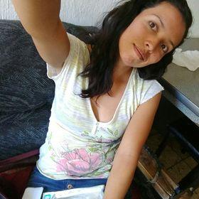 Monica Aviña