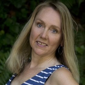 Lori Osterberg | Reinvention and Romance Writer For Women 40+