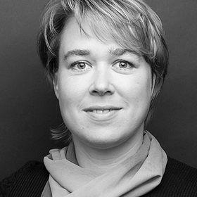 Katrin | Workflow Designer, Tech Coach, Education Entrepreneur