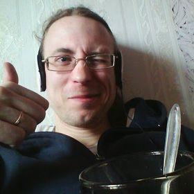 Макс Тихонович