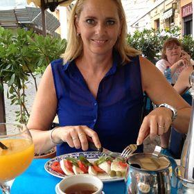 Anja Bouwman