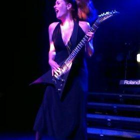 Leanne Castro