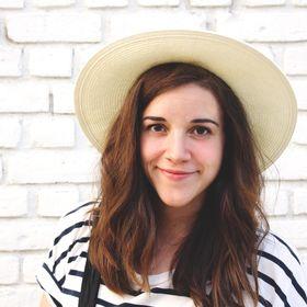 Amanda Michele / Artist