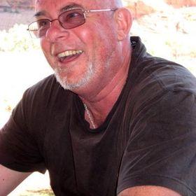 Keith MacNider