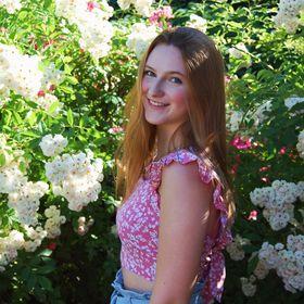 Christine Eve| College, Lifestyle & Career