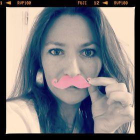 Rose Moustache