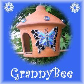 GrannyBee