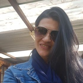 Elaine Abdo De Beer