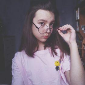 Полина Марьясова