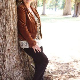 Romance Author Mary Morgan